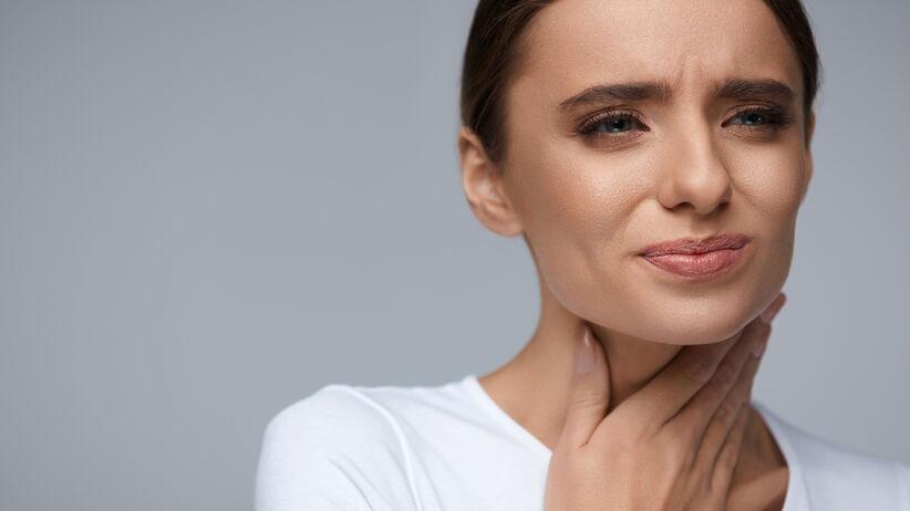 Obalamy mity na temat bólu gardła
