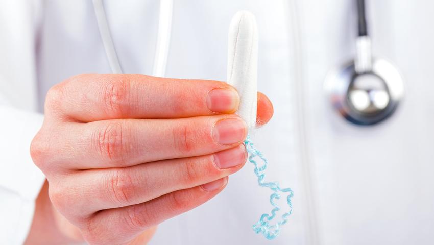 TSS występuje częściej u kobiet używajacych tampony