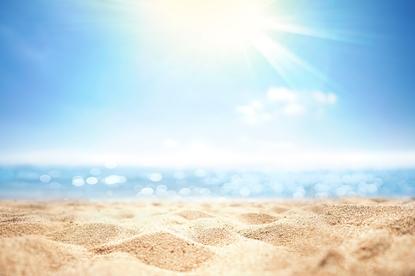 Co kryje się w piasku i morzu? 5 patogenów