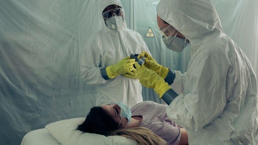 Burza cytokinowa zabija młodych zarażonych koronawirusem?