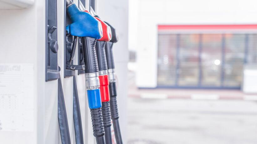 Tankowanie paliwa w czasie koronawirusa.