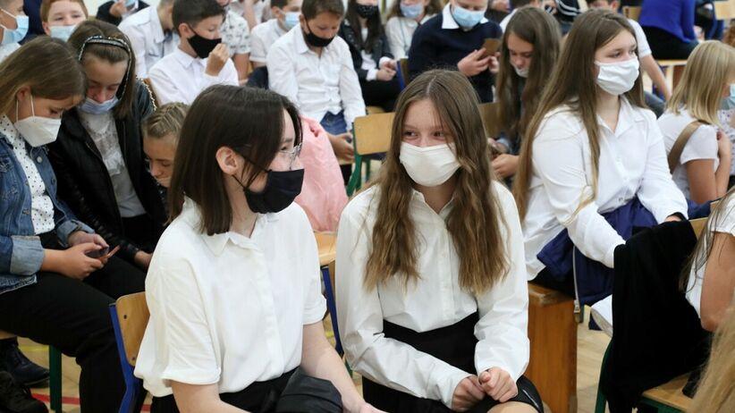 Koronawirus w szkole - jak zapobiec zakażeniu