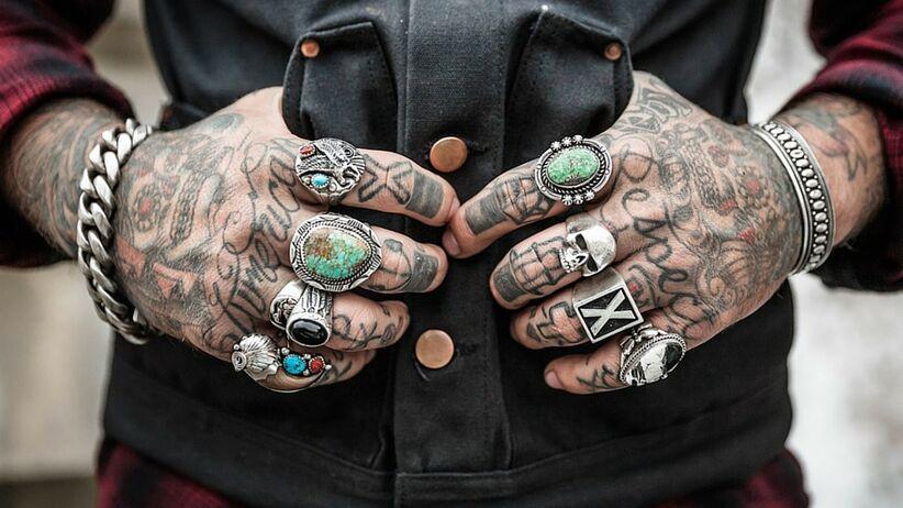 Liczne tatuaże dają korzyści zdrowotne? Tak! Wzmacniają odporność