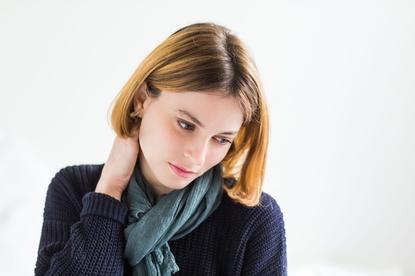 Przewianie szyi, głowy, ucha, pleców. Jak leczyć przewianie organizmu?
