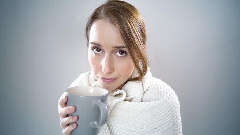 Boli Cię gardło i masz katar? Domowe sposoby na przeziębienie