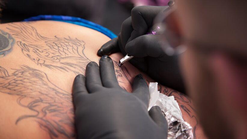 Podejrzewali raka, a winny był tatuaż