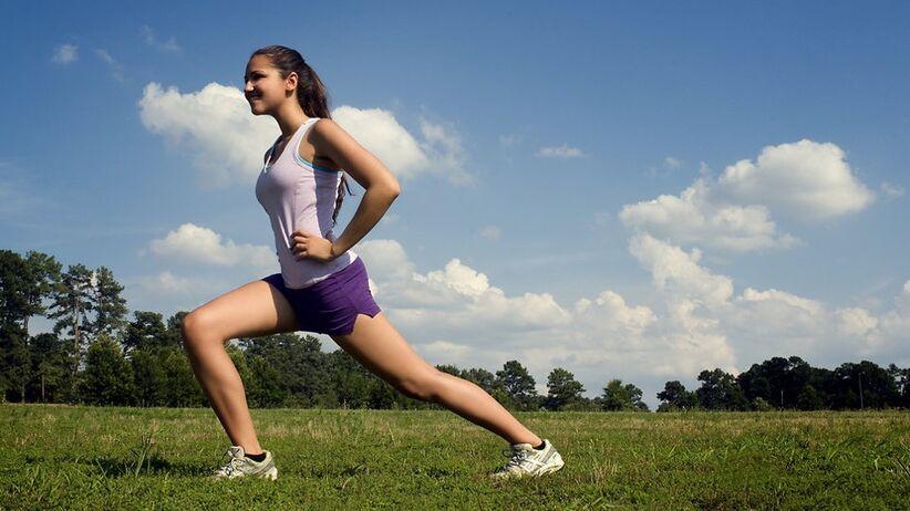 Pokonaj żylaki bez operacji! Ćwiczenia na żylaki nóg