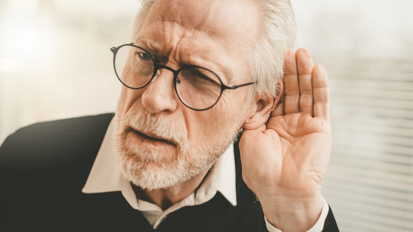 Problemy ze słuchem powikłaniem COVID-19