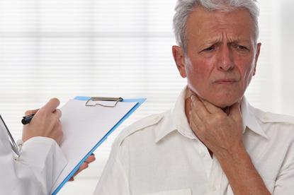Zapalenie krtani: ostre i przewlekłe. Jak radzić sobie z chorobą?