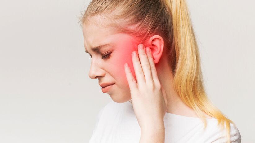 Ztakane ucho i problemy ze słuchem