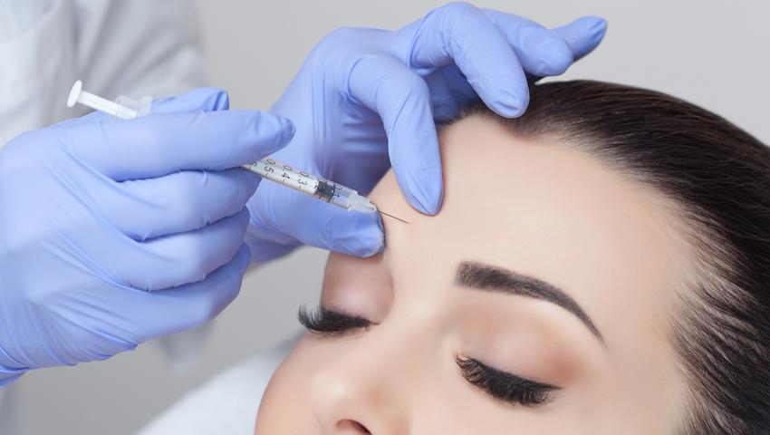 Zastrzyki z toksyny botulinowej polecane są osobom cierpiącym na migrenę