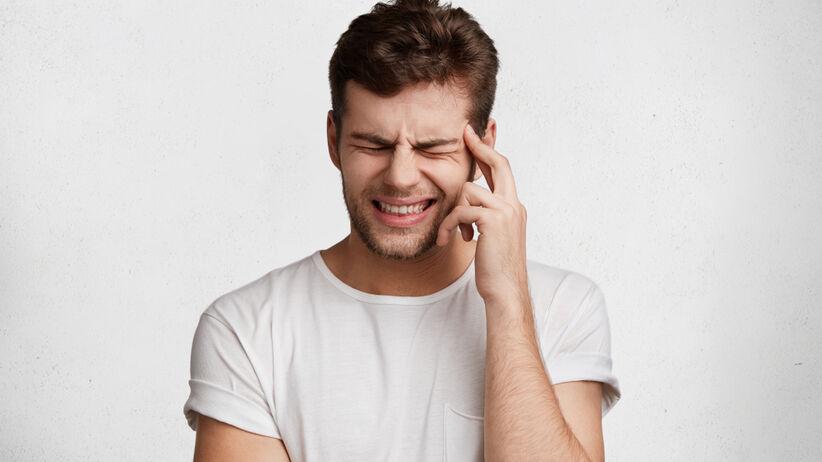 Klasterowy ból głowy dotyczy połowy głowy