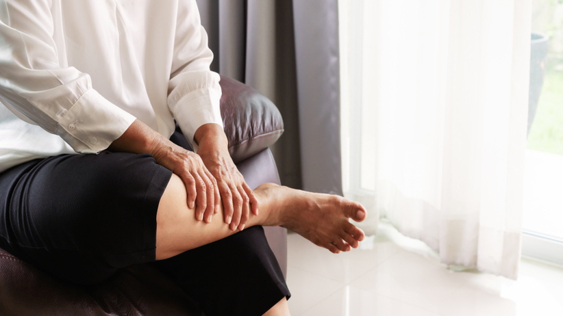 Mioklonie to mimowolne skurcze, szarpnięcia mięśni