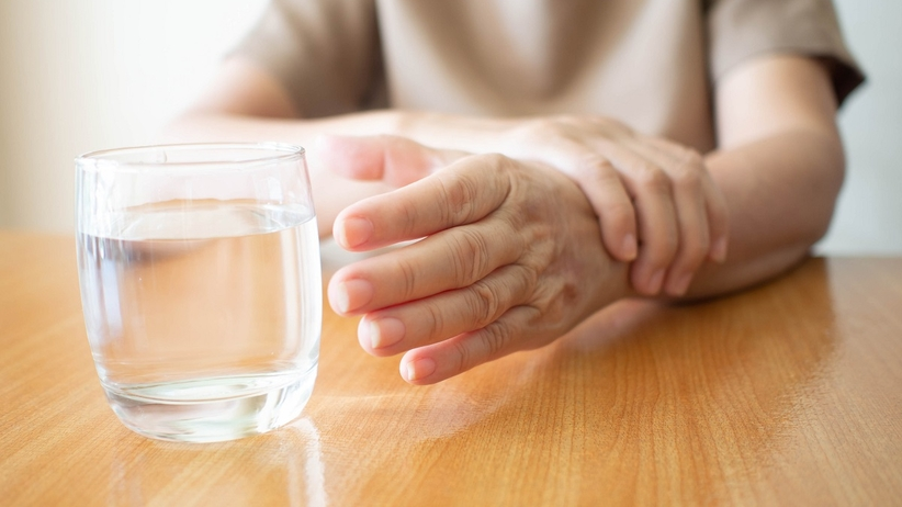 Na Parkinsona chorują coraz młodsi. Wczesne objawy