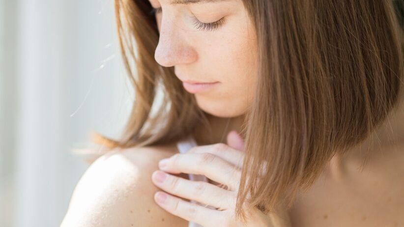 Skóra po lecie: Znamiona, które mogą świadczyć o czerniaku