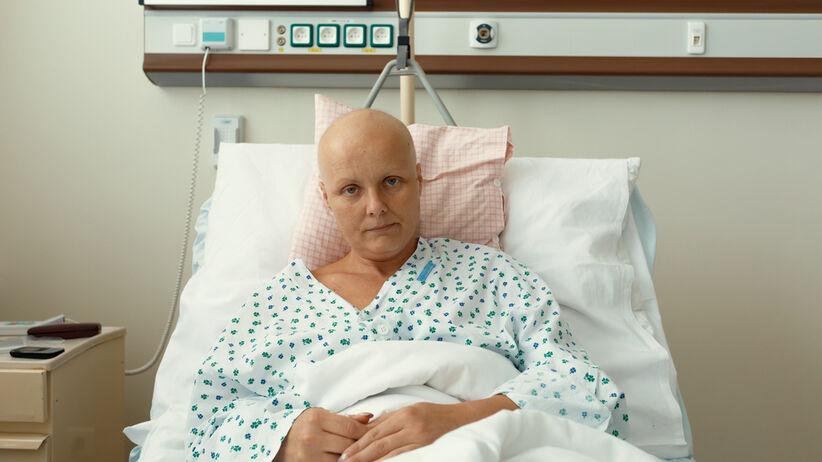 Fala nowotworów po roku pandemii koronawirusa