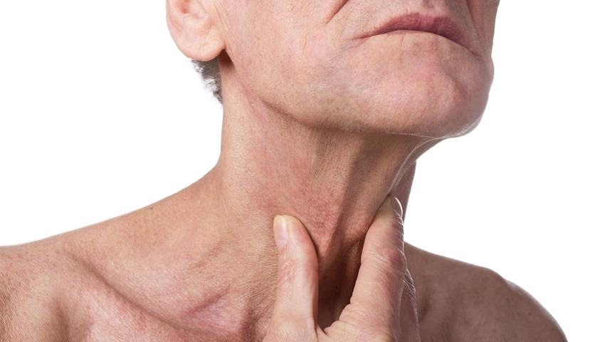 Rak krtani znacznie częściej dotyka mężczyzn