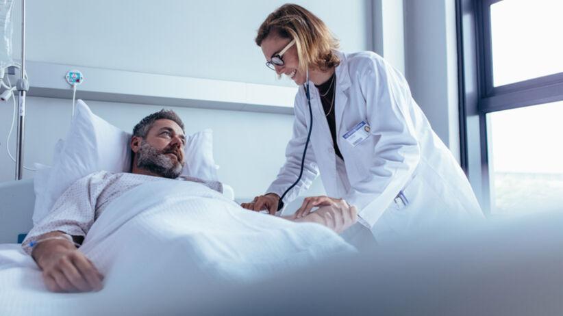 Choroba Stilla atakuje stawy. Jak się ją leczy?