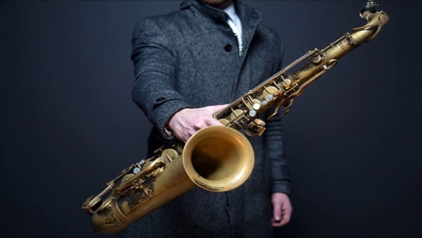 Grasz na instrumentach dętych? Zalegająca w nich pleśń może szkodzić płucom!