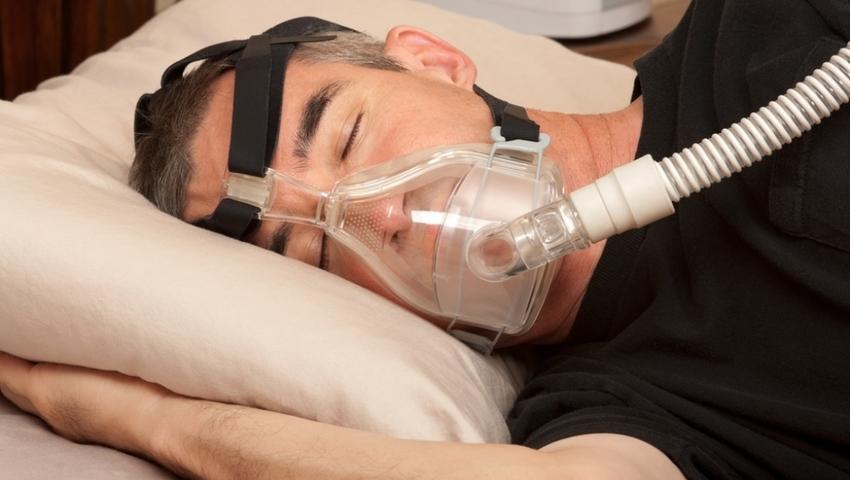 Nie możesz złapać oddechu w nocy? To zły znak