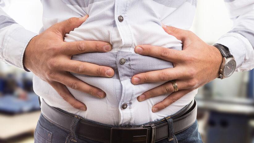 Wzdęcia to objaw charakteryzujący się czasowym powiększeniem obwodu brzucha i dyskomfortem związanym z uczuciem ciężkości