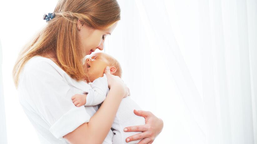Połóg to czas po porodzie przeznaczony na cofanie się zmian, które zaszły w organizmie w czasie ciąży