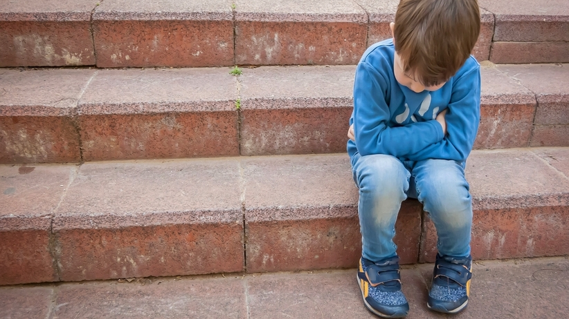 Konsekwencje truamy u dziecka