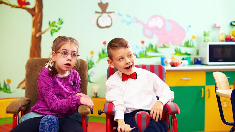 Dzieci  z mózgowe porażenie