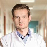 Artur Kierach - lekarz medycyny estetycznej