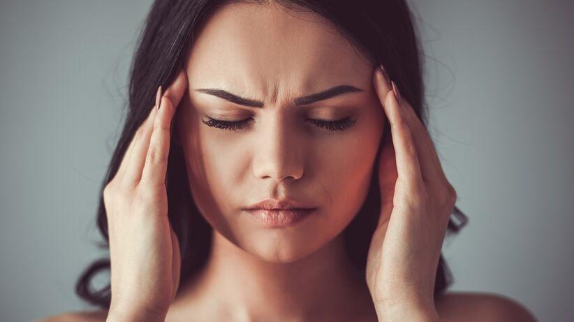 Ból głowy a koronawirus