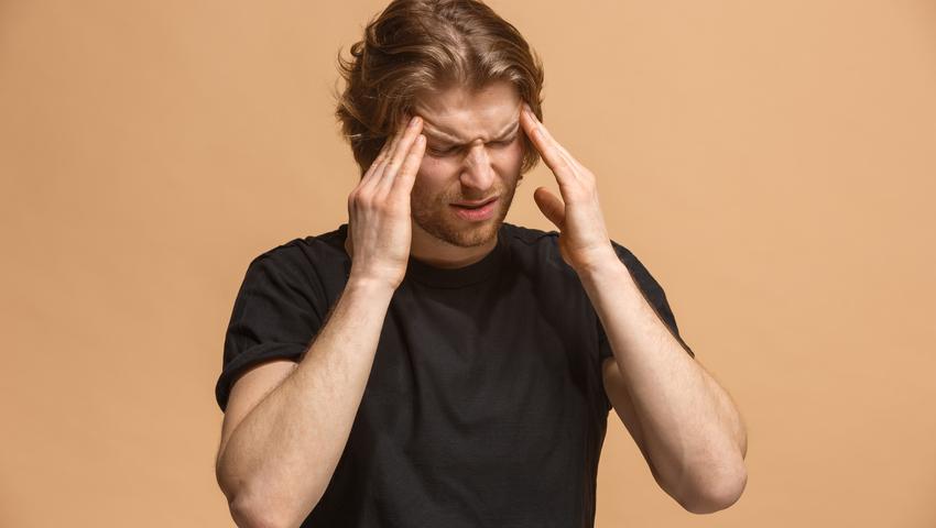 Ból głowy może być objawem choroby