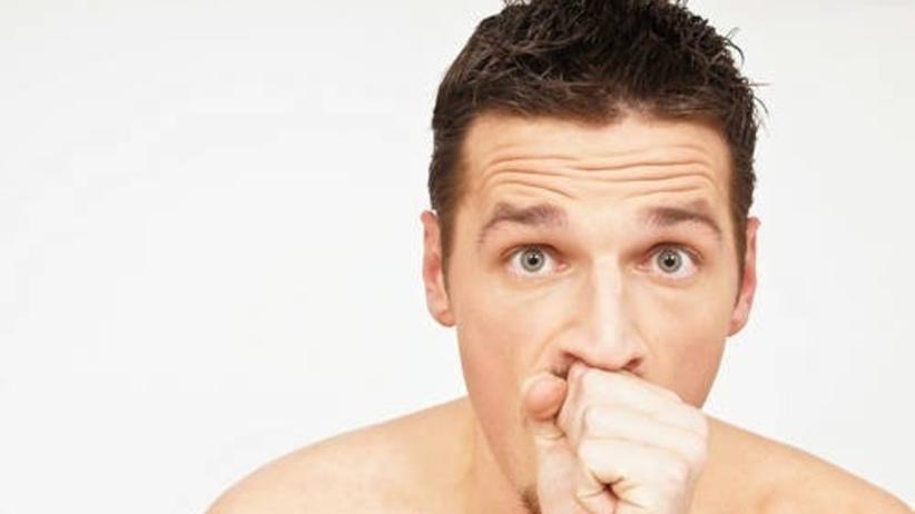 Chrypka zmienia głos nie do poznania. Jakie są jej przyczyny?