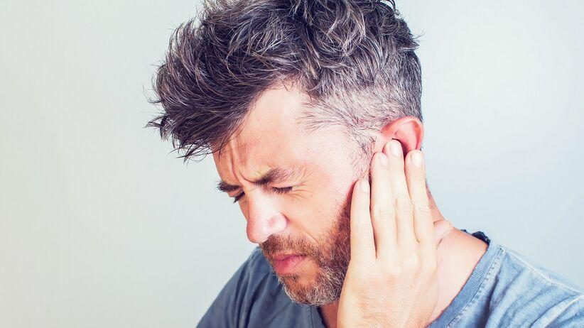 Koronawirus infekuje uszy