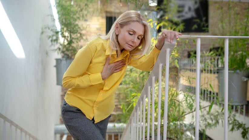 Zadyszka przy wchodzeniu po schodach