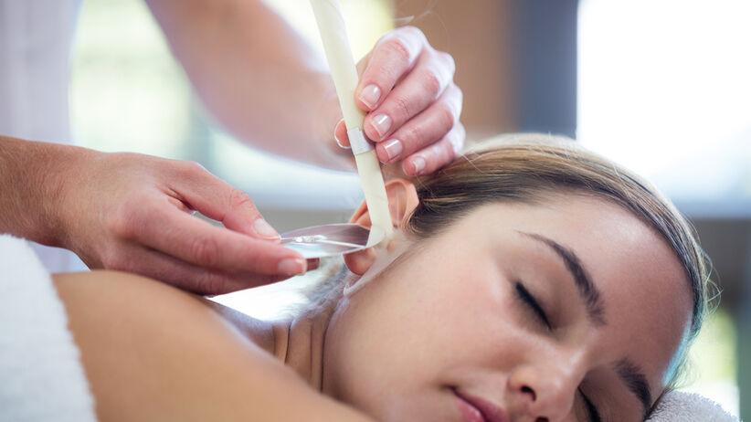 Świecowanie uszu - czy ten zabieg może być bezpieczny?