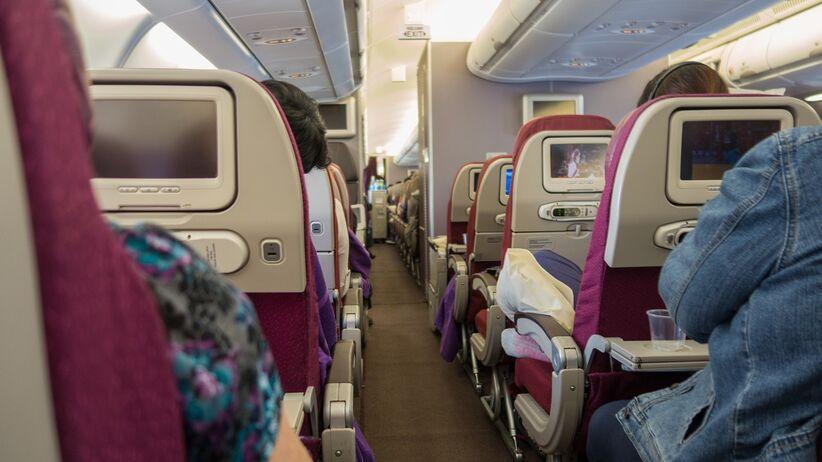 Syndrom aerotoksyczny, czyli co nam grozi podczas podróży samolotem?