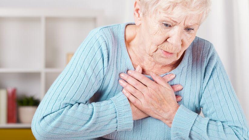 Duszność - jakie pozycje pomagają lepiej oddychać