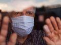 Chory z COVID-19 w domu - jak się nie zarazić?