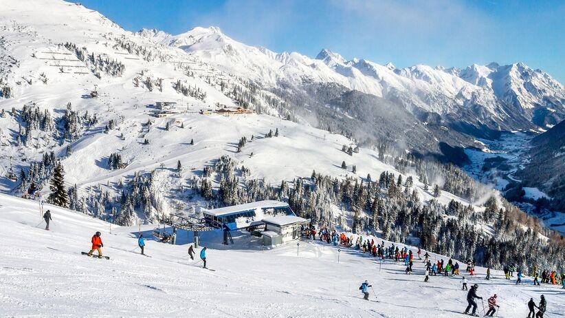 Jazda na nartach a wypłata odszkodowania w razie wypadku
