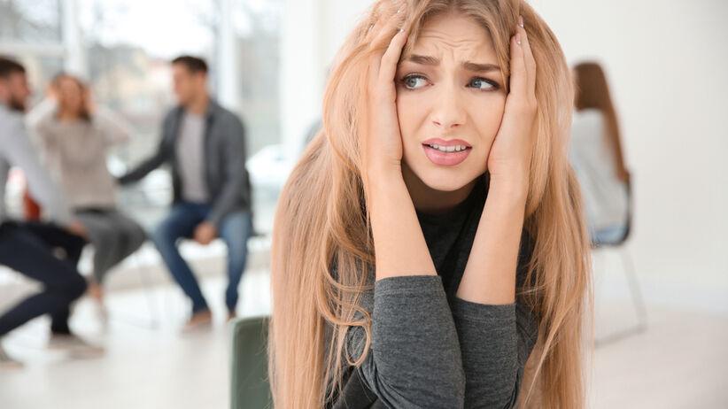 Fobia społeczna paraliżuje życie codzienne