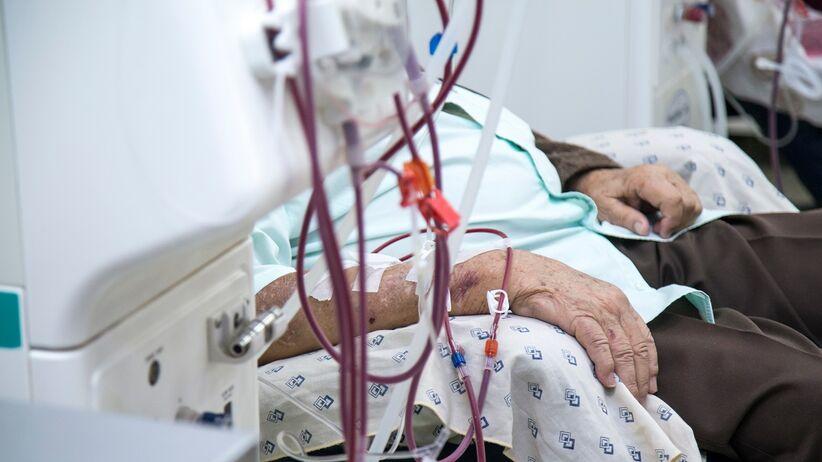 Pacjenci hemodializowani zagrożeni COVID-19
