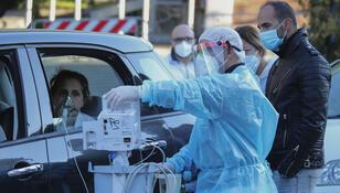 Druga fala koronawirusa: ponad 90% zakażeń w domu i w rodzinie