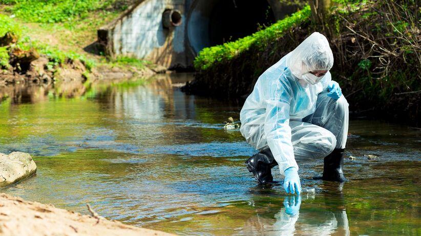 Koronawirus w wodach ściekowych