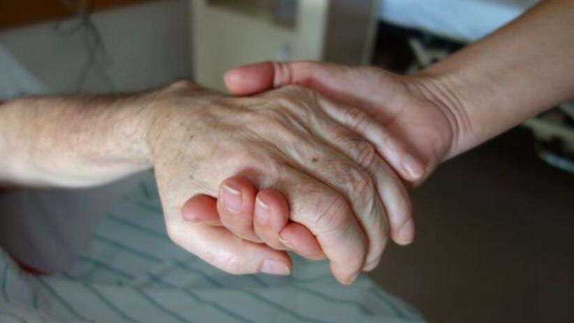 Nowa Zelandia zalegalizuje eutanazję