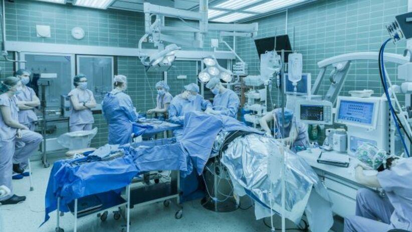 erekcja podczas operacji jak się dowiedzieć, co za penis u mężczyzny