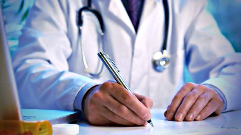Skierowania do dermatologa i okulisty nie będą potrzebne? Interwencja Rzecznika Praw Pacjenta Bartłomieja Chmielowca