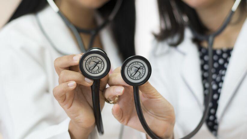 Zmiany w nocnej i świątecznej opiece zdrowotnej: co trzeba wiedzieć?
