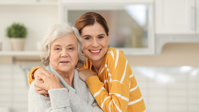 Powstał poradnik dla opiekunów seniorów