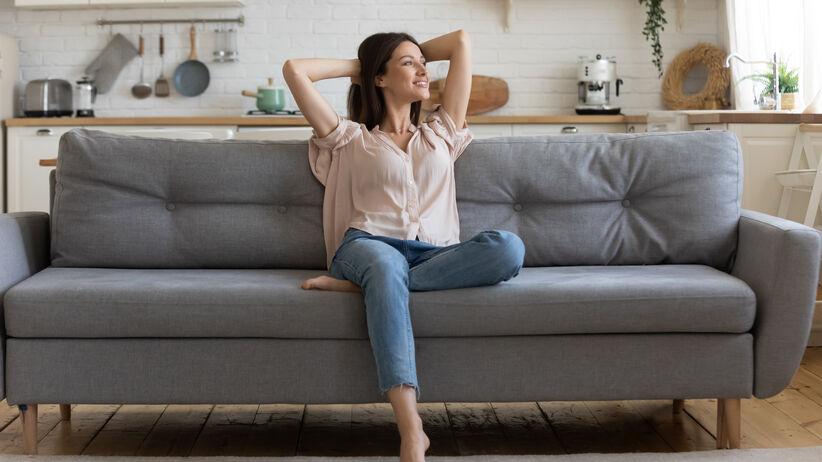 Psychotest obrazkowy: co  sposób siedzenia mówi o tobie
