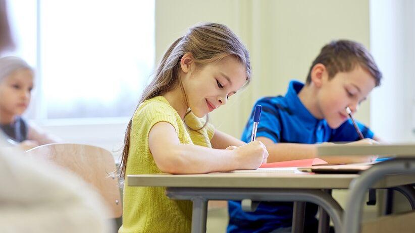 Zachowanie dziecka w szkole a w domu różni się. Z czego to wynika?
